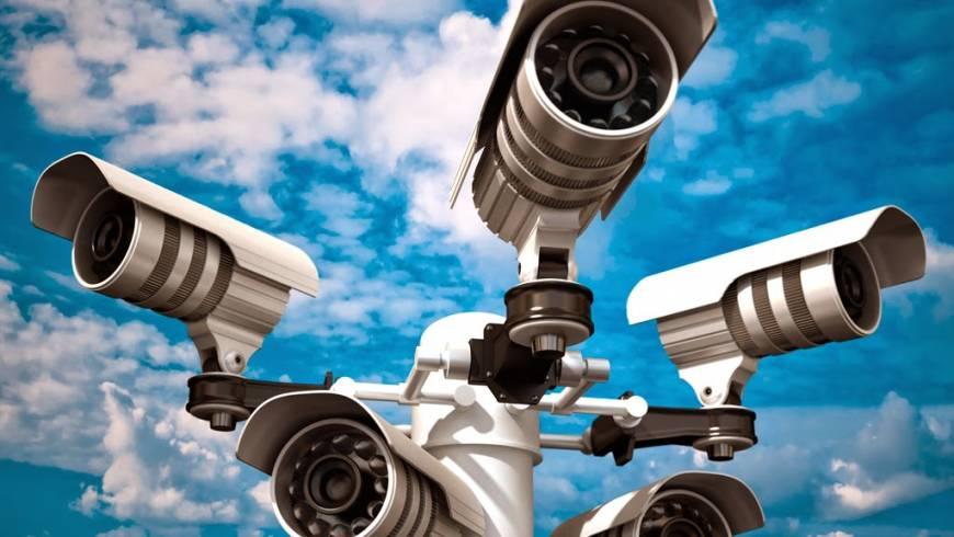 Consulter un expert en sécurité pour un système de surveillance sans failles