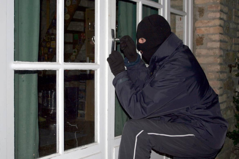 alarme-intrusion-voleur-toulon.jpg