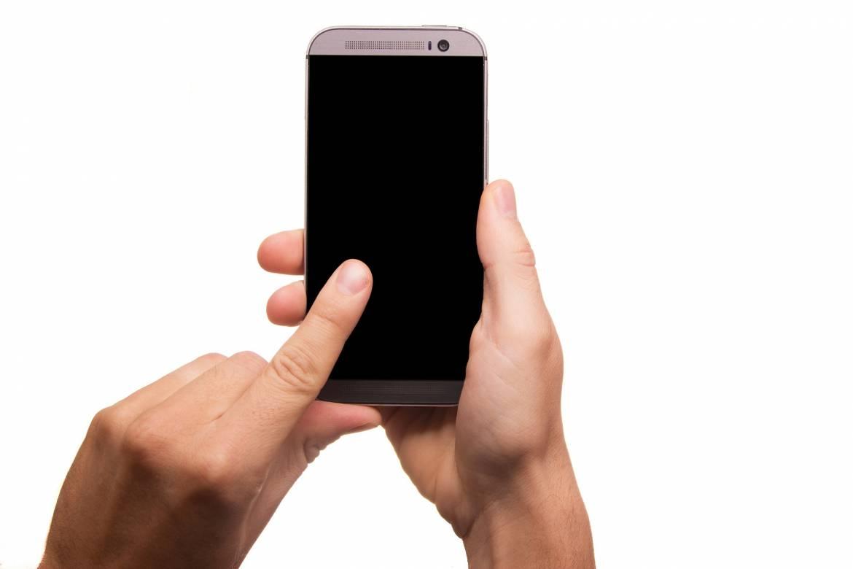 smartphone-431230_1920.jpg