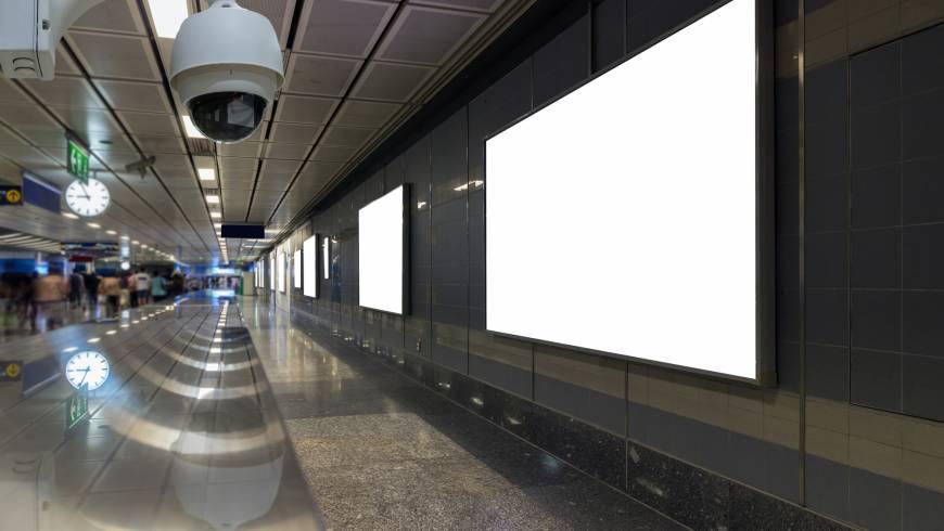 Caméra de surveillance dans les transports en commun pour protéger les utilisateurs